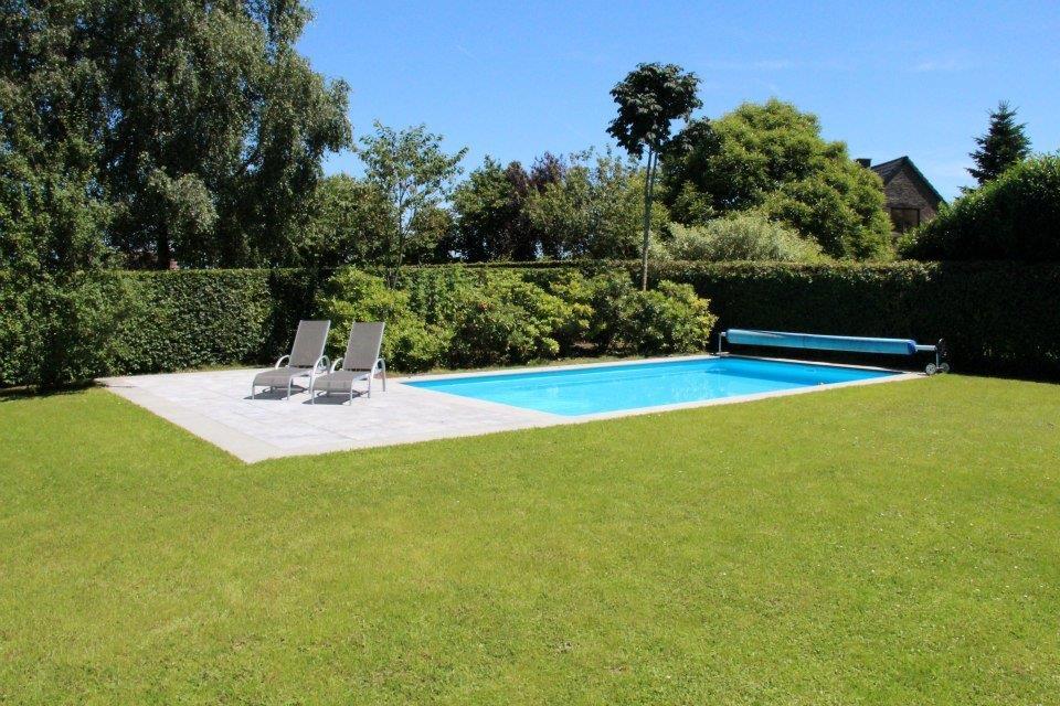 Nos r alisations lmc piscines un service diversifi for Couvrir piscine exterieure